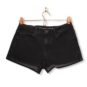 American Eagle | Black High Rise Shortie Shorts